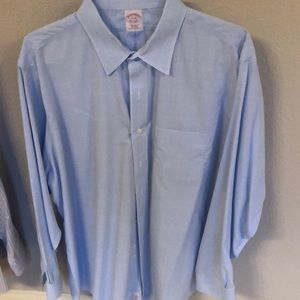 Brooks Brothers dress shirt with pocket
